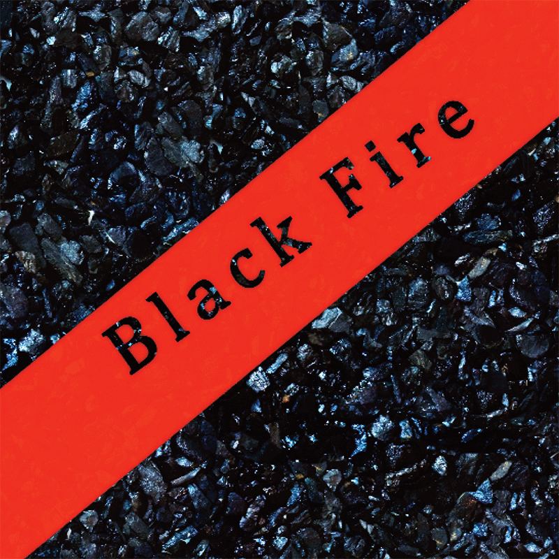 Black Fire, couverture avant